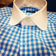 my bespoke shirt D'avino Naples. www.passaggiocravatte.com Dandy, Dress Shirt And Tie, Dress Shirts, Men Accesories, Accessories, Bespoke Shirts, Business Casual Attire, Gq Fashion, Dapper Gentleman