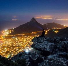 Volunteer with Via Volunteers in South Africa and enjoy Cape Town by night!