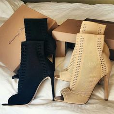 """LUXURY & FASHION PROMOTION (@luxury.style.4all) on Instagram: """"Black or Nude? Pick your favourite ❤️ Buy them in my BIO link now️ Search the ID:12812186 Discount…"""""""