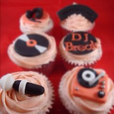 DJ inspired cupcakes by Candys Cupcakes