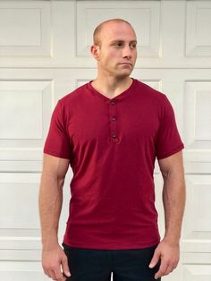 The Men's Hayden Henley Top sewing pattern from 5 out of 4 Patterns , a top for year-round wear, and a pattern that has you covered for nearly any occasion. Sewing Men, Sewing Blogs, Pdf Sewing Patterns, Henley Top, Henley Shirts, Large Format Printing, Dressmaking, Printing On Fabric, Sleeves