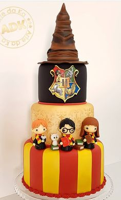Baby Harry Potter, Harry Potter Baby Shower, Harry Potter Thema, Harry Potter Food, Harry Potter Wedding, Harry Potter Desserts, Gateau Harry Potter, Harry Potter Birthday Cake, Harry Potter Cake Decorations