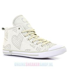 Guess Women Sneakers Heart White - Lady's shoes - Onlinesneakershop.nl |       http://www.onlinesneakershop.nl/ladys-shoes-guess-guess-women-sneakers-heart-white-p-2160.html