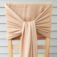 Looking for a quick and easy way to revamp your chairs for parties, weddings or other occasions? Follow this simple, no-sew tutorial.