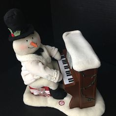 Hallmark 2005 JINGLE PALS Piano Player Snowman Light Sound Motion SEE VIDEO
