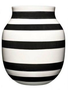 Kähler Omaggio vase, size medium-- id use it in my kitchen. dk how. but i would definitely use it. Mobile Shop, Orla Kiely, Vase, House Doctor, Smart Design, Big Houses, Elegant, Medium, Sweet Home