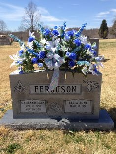 Flowers I did for my dad's gravestone. Flowers I did for my dad's gravestone. Grave Flowers, Cemetery Flowers, Funeral Flowers, Silk Flowers, Wedding Flowers, Arrangements Funéraires, Funeral Flower Arrangements, Graveside Decorations, Cemetary Decorations