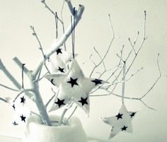 Decorate Your Christmas Days with Stars!: Creative Flanel Creation With White Star Design For Christmas Decoration Idea ~ Ceridianindex.com
