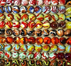 Collectible Marbles | Machine Made Glass Marbles - Early 1900's to 1970