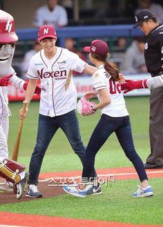 Jonghyun and Seungyeon