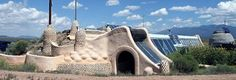 http://greenlifestylemagazine.net/issue-2/earth-to-earthships.php