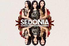 Sedonia Die 3 Soprane zwischen Königin der Nacht und 007 - beehren die #klangBilder 16 am Samstag, den 12.11.2016 mit ihrem Besuch Crown, Fashion, Night, Music, Photo Illustration, Moda, Corona, La Mode, Fasion