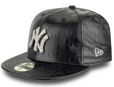 NEW ERA x SWAROVSKI ELEMENTS 59Fifty Fitted Baseball Caps