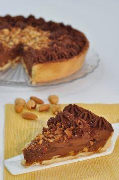 """crostata armonia di caramello Dolce di Luca Montersino tratto dal libro """" Peccati al Cioccolato"""", come ogni volta che pre... #italianfood"""