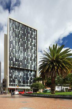 Bicentennial Tower / Entorno AID + CMS+GMP