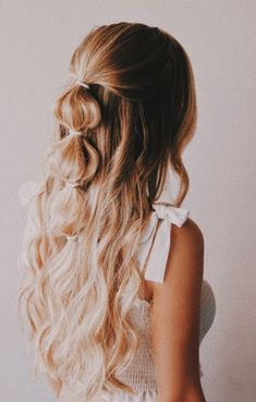 Haarstyling - New Sites Party Hairstyles, Ponytail Hairstyles, Hairstyle Ideas, Boho Hairstyles Medium, Wedding Hairstyles, Hairdos, Summer Hairstyles, Instagram Hairstyles, Bohemian Hairstyles
