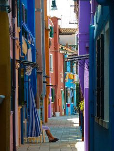 Would love to see this - such a different look from most parts of Italy  Burano #Italie
