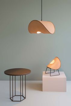 Better by Design Leather Furniture, Leather Interior, Diy Furniture, Furniture Design, Plywood Furniture, Furniture Stores, Chair Design, Modern Furniture, Design Light