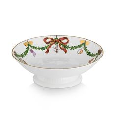 Starfluted Christmas Skål på stett, Royal Copenhagen Royal Copenhagen, Royals, Decorative Bowls, Tableware, Christmas, Inspiration, Design, Home Decor, Products