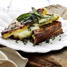 Italiensk toast med färsk mozzarella