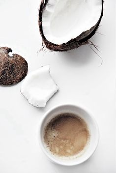 50 awesome ways to use coconut oil!