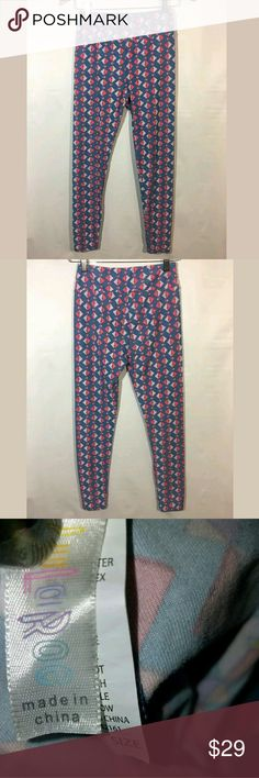 Lularoe Leggings Pants One Size Diamon Print Lularoe Leggings Pants Women's One Size Diamon Print Blue   Excellent used condition.   Pre-owned item condition. Item has little to no signs of wear unless specifically stated. Please carefully review item details and uploaded pictures for details of this item before bidding or buying. Item is functional and ready for your closet!   LB LuLaRoe Pants Leggings