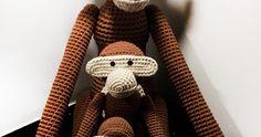 Trip trap træsko - her er den sidste og allerstørste abe til samlingen, så nu kan man vælge mellem 4 forskellige størrelser :)  Det er se...