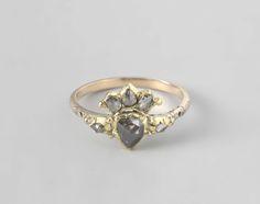 Ring met een gekroond hart, Nederland, ca. 1700 - ca. 1750