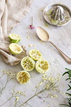 Mazurek limonkowo-kokosowy // Easter cake lime-coconut -mazurek