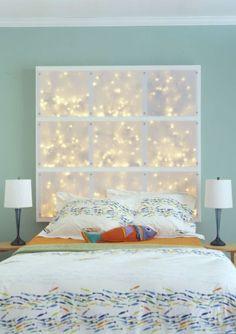 Saiba como usar as mini luzes de Natal o ano inteiro na decoração de sua casa.