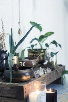 All of our favorite things #crystals #bohemiandecor #crystalhealing