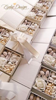 scatole-9x9x4-bianche-e-avorio.jpg 1.836×3.264 pixel