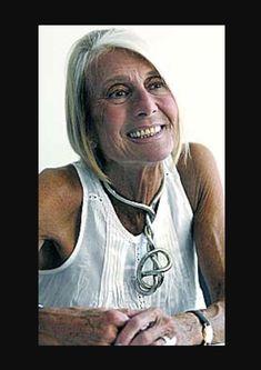 Soledad Lorenzo Fierce Women, Wise Women, Old Women, Beautiful Old Woman, Beautiful Lines, Colorful Fashion, Boho Fashion, Grey Hair Inspiration, Cheap Boutique Clothing