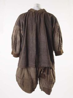 Sailor's suit, cautious dating 1600-1700 Back Museum of London. Provenance only from 19th century onwards