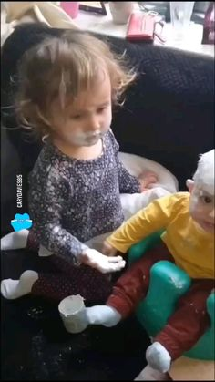 Toddler Videos, Cute Funny Baby Videos, Crazy Funny Videos, Cute Funny Babies, Funny Videos For Kids, Kids Videos, Really Funny Joke, Funny Vidos, Funny Laugh