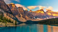 moraine lake valley of the ten peaks banff national park canada