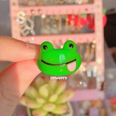 Derpy Frog Clay Ring - 8
