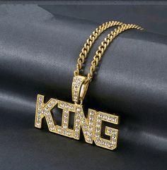 Golden King 👑 necklace Louis Vuitton Twist, Jewlery, Shoulder Bag, Chain, Pendant, Bracelets, Gold, Products, Chains