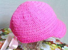 Lindos Bonés de crochê em rosa, nos tamanhos P M G    EXCLUSIVIDADE MIMOS DE SILVINHA R$ 78,00