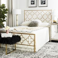 A contemporary classic, this luxurious lattice metal bed was designed for those looking to sleep in style. #lowes #bedroom #antique #gold #headboard #decor