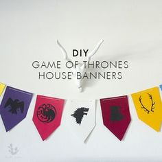 We're obsessed with Game of Thrones. I have a fun 3-step DIY tutorial for you to bring a little bit of GoT to your episode watching parties.