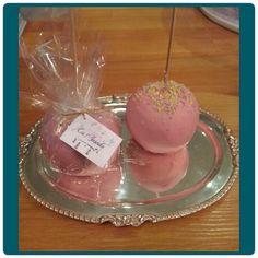 Calandra's pink apple ♥ with strawberry chocolate..♡♡♡