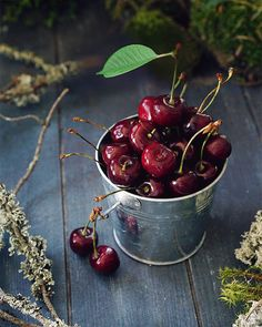 Food Photography Styling, Food Styling, Cherry Images, Flower Garden Pictures, Table Etiquette, Beautiful Flowers Wallpapers, Cinemagraph, Weird Food, Coffee And Books