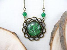 Green Leaves Glass Photo Pendant, Glass Pendant Picture Pendant Necklace Glass Necklace Picture Necklace Botanical Necklace Woodland Jewelry by TriccotraShop on Etsy