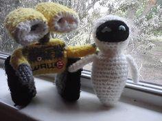Wall-E and Eve Wall E, Eve, Dinosaur Stuffed Animal, Christmas Ornaments, Toys, Holiday Decor, Projects, Animals, Home Decor