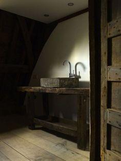 Japanese Aesthetic Wabi Sabi Home Decor Ideas Wabi Sabi, Casa Retro, Scandinavia Design, Vibeke Design, Tadelakt, Stone Sink, Rustic Interiors, Dark Interiors, Beautiful Bathrooms