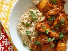 no-butter butter chicken. use home-made yogurt for this, leave out the water in this and add tandoori masala and marinate the chicken in it Tandoori Masala, Garam Masala, Indian Butter Chicken, Good Food, Yummy Food, Indian Food Recipes, Ethnic Recipes, Cooking Recipes, Healthy Recipes
