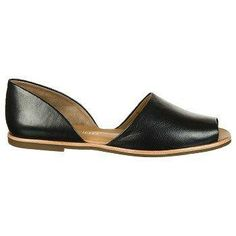 this d'Orsay flat by #FrancoSarto = #chic #summerstyle