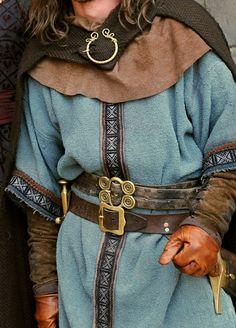 """Norse Forge - galaeriel: """"இ """" Source by florisdidden - Viking Garb, Viking Men, Viking Dress, Armor Clothing, Viking Clothing, Wood Clothing, Cat Clothing, Historical Costume, Historical Clothing"""