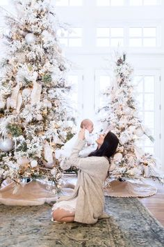 Our Home for Christmas. - Pink Peonies by Rach Parcell white christmas Flocked Christmas Trees, Gold Christmas, Winter Christmas, Vintage Christmas, Merry Christmas, Beautiful Christmas Trees, Christmas Morning, Christmas Ideas, Xmas Decorations